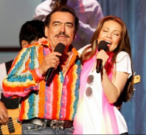 Thalia con Joan Sebastian - Con La Duda en Primera Fila
